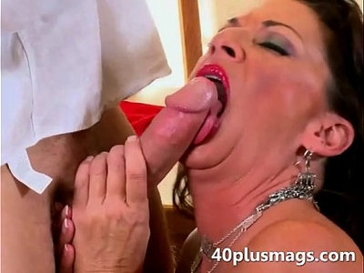 brutal   dick   housewife   sucking